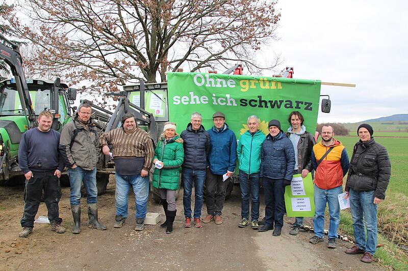 Ortstermin gegen Flächenfraß in Buttenheim